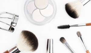 makeup-brush-1768790_960_720